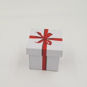 small square gift box 2 300x300 - Small Square Metal Tin Containers With Lid For Gift Packaging